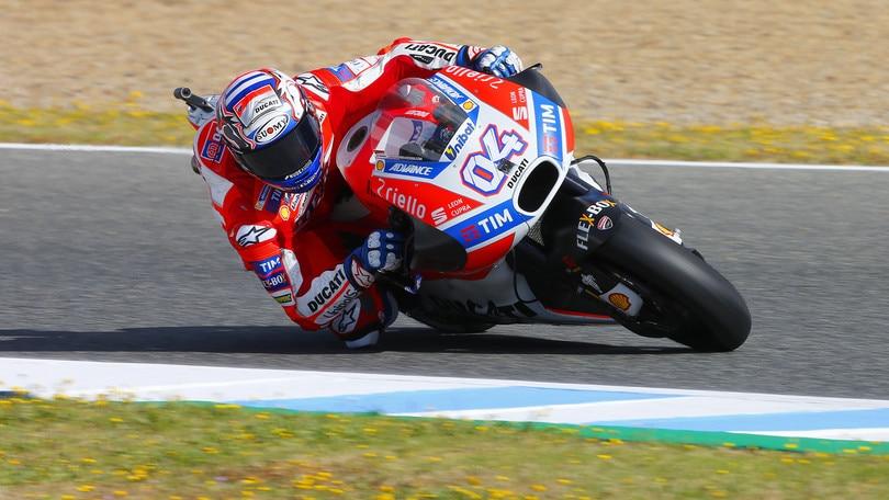 MotoGp, Le Mans: Dovizioso balza in testa, decimo tempo per Rossi