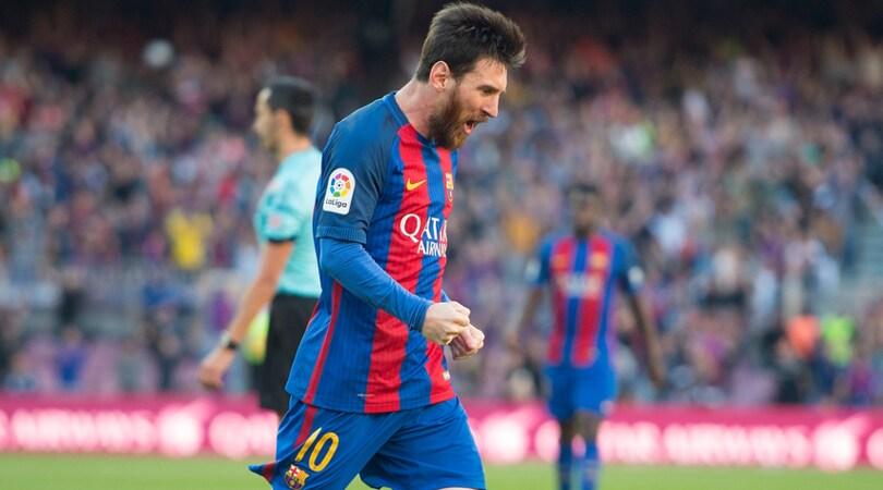 """Il """"cannoniere internazionale"""": Messi in testa, Cavani insegue"""