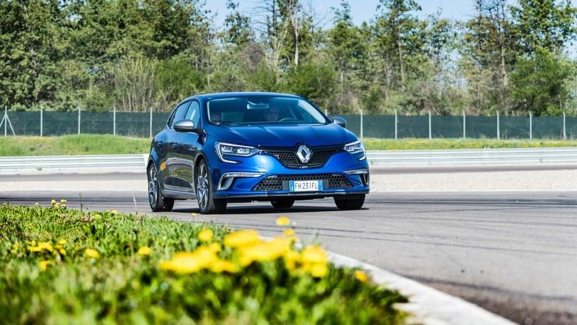 Renault Mégane GT, corre ma non morde: la prova