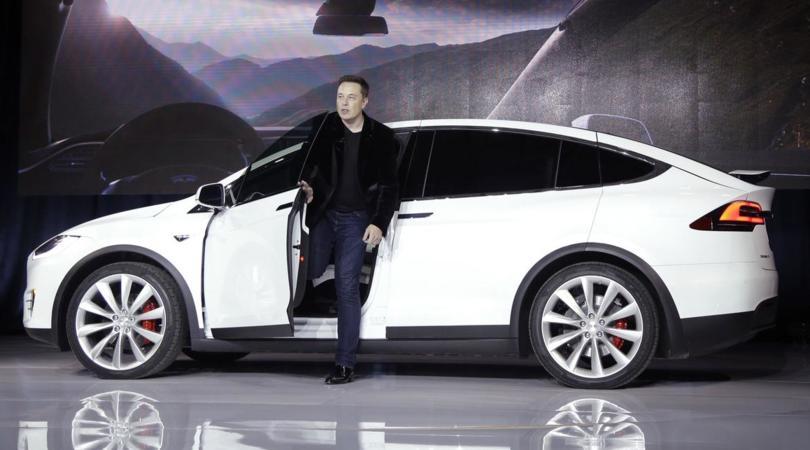 Musk «Per Tesla gli incentivi sono uno svantaggio»