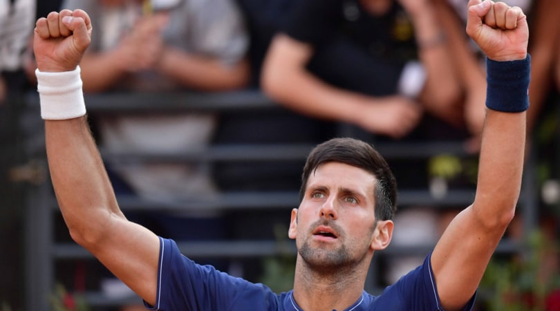 Internazionali d'Italia, esordio ok per Djokovic. Vinci saluta