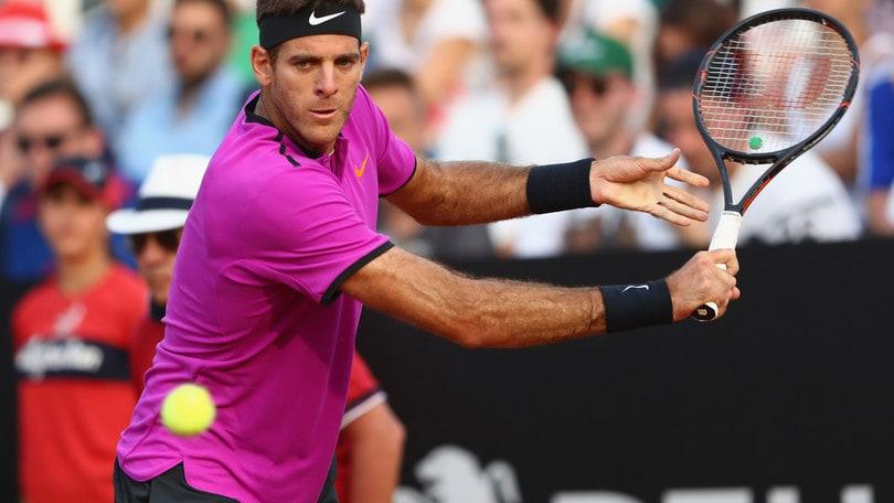 Djokovic raggiunge Zverev in finale, Thiem ko
