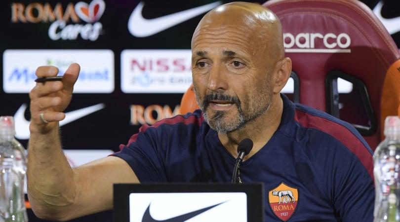 Serie A, la Roma ne fa 5 al Chievo. Stasera Napoli-Fiorentina