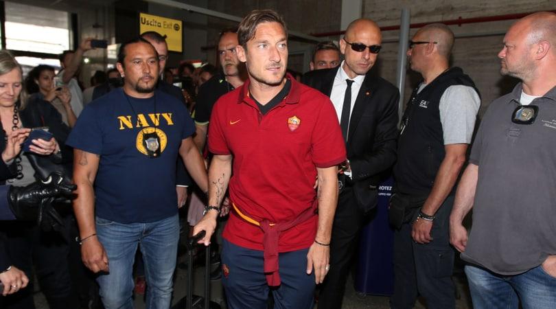 Roma, Totti: «Le foto me le farete anche l'anno prossimo»