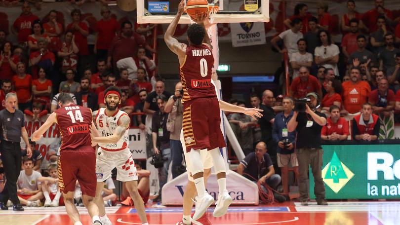 Haynes gela Pistoia, Venezia vola in semifinale