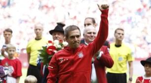Bayern Monaco, Lahm saluta l'Allianz Arena: lo omaggia anche Anastacia!
