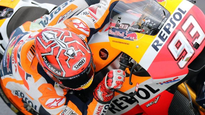 MotoGp Le Mans: Marquez il più veloce nel warm up, Rossi 8°