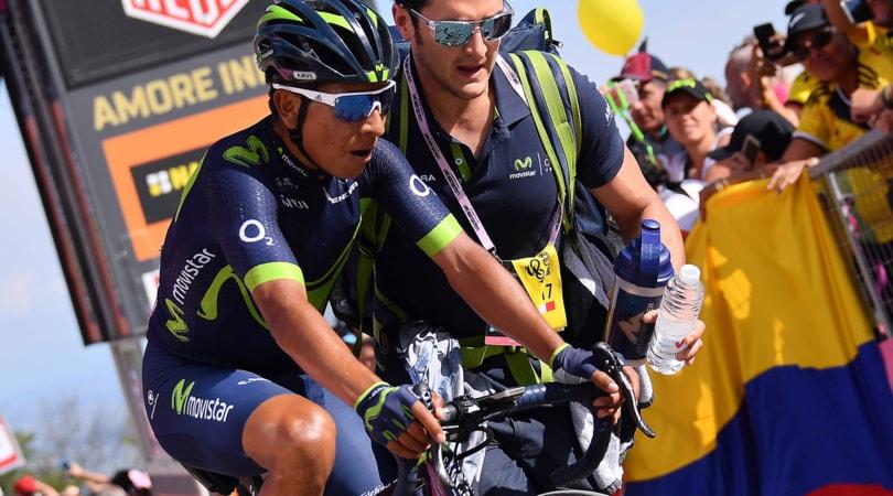 Giro d'Italia: Quintana cade, Dumoulin rallenta e lo aspetta