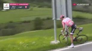 Giro d'Italia, Dumoulin si ferma per problemi intestinali e poi riparte