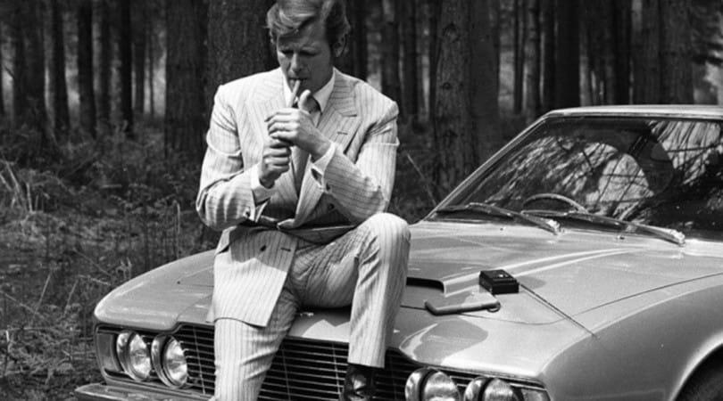 Roger Moore, un'icona di stile anche in auto
