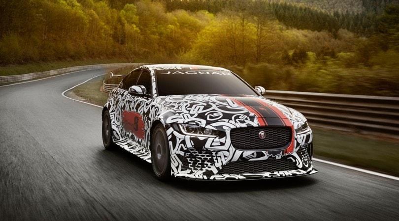 Jaguar presenta XE SV Project 8, la più estrema di sempre