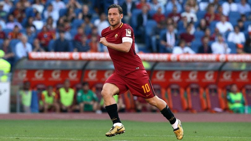 Panchina Roma: che idea, nelle quote c'è anche Totti!