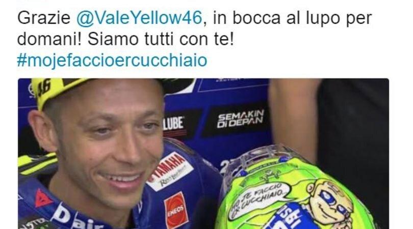 Totti ringrazia Valentino Rossi per il casco: «Siamo tutti con te»