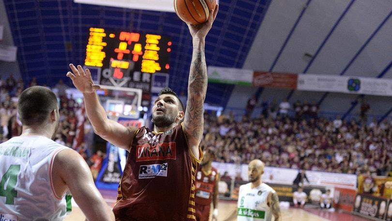 Ruggito di Batista, Venezia manda ko Avellino e vede la finale