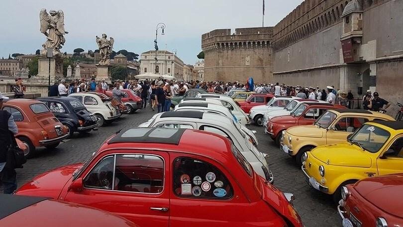 Fiat 500, il raduno storico a Roma celebra i 60 anni