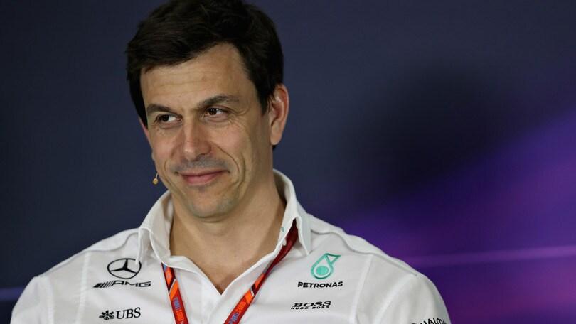 Scommesse, Wolff (Mercedes): la Ferrari è favorita. Vettel campione a quota 1,70