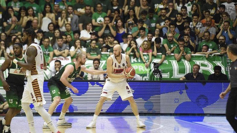 Basket, Serie A: Venezia avanti alla prima contro Trento