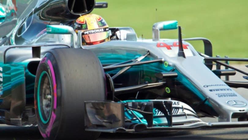 F1, Gp Canada: pole super di Hamilton, ma Vettel è lì