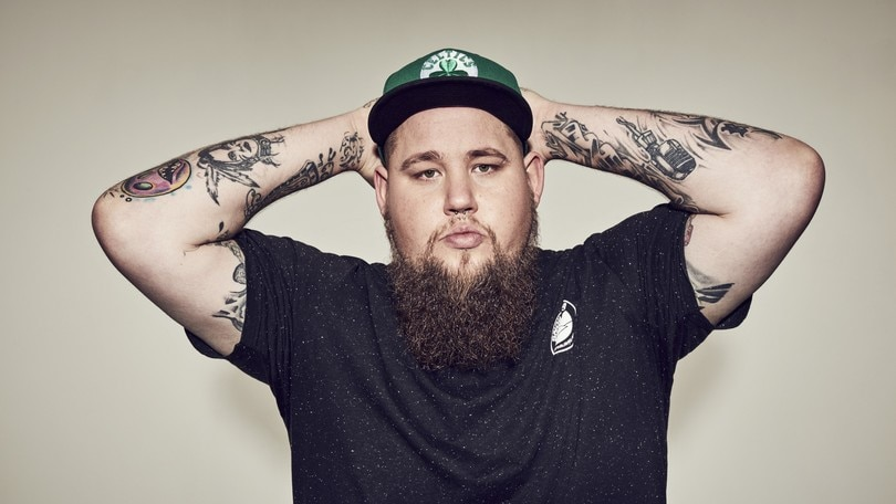 Con Rag'n'Bone Man via a Just Music Festival