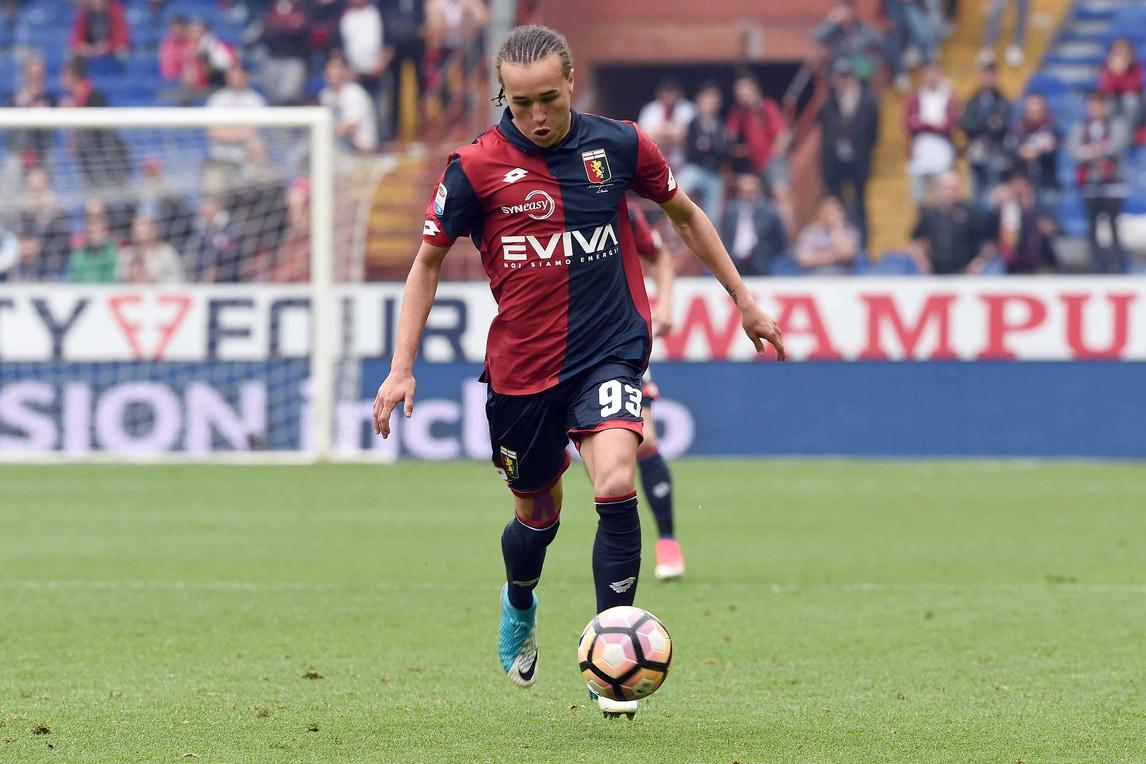 Calciomercato Torino, duello con la Fiorentina per Laxalt