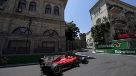 F1, a Baku Verstappen comanda le libere. Raikkonen 4°, Vettel 5°