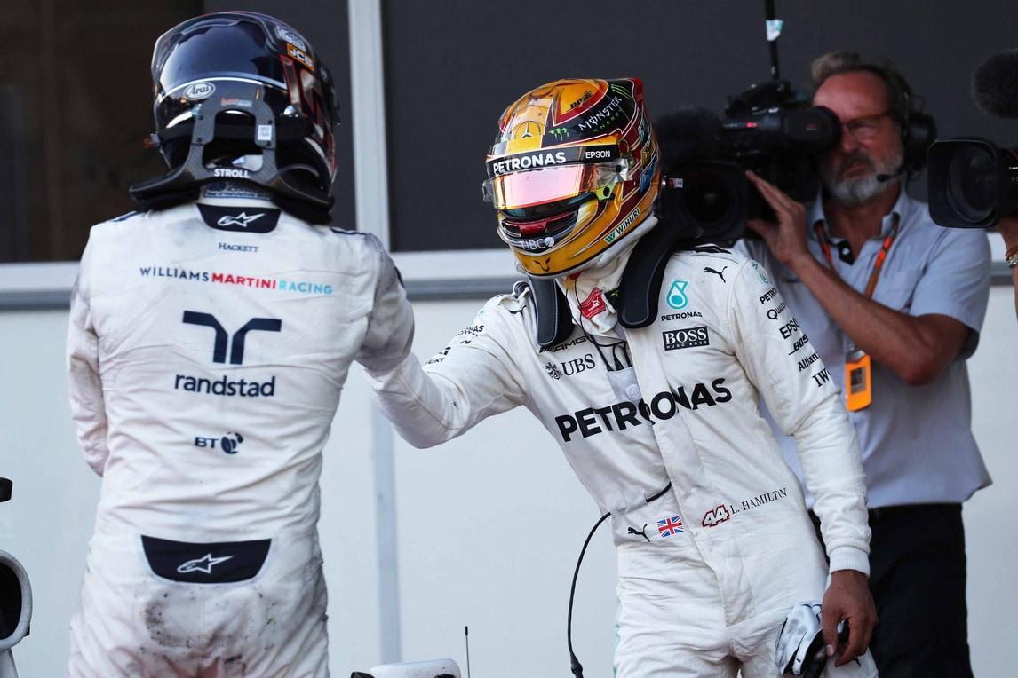 F1 Baku, Hamilton risponde a Vettel: «Un campione non si comporta così»