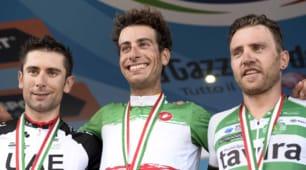 Ciclismo, Fabio Aru tricolore: vittoria dedicata a Michele Scarponi