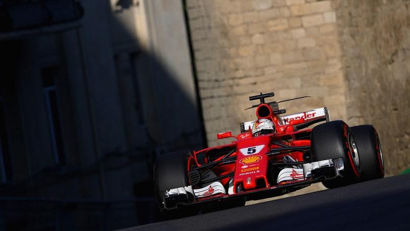 F1, Vettel ed Hamilton: quote alla pari per il titolo