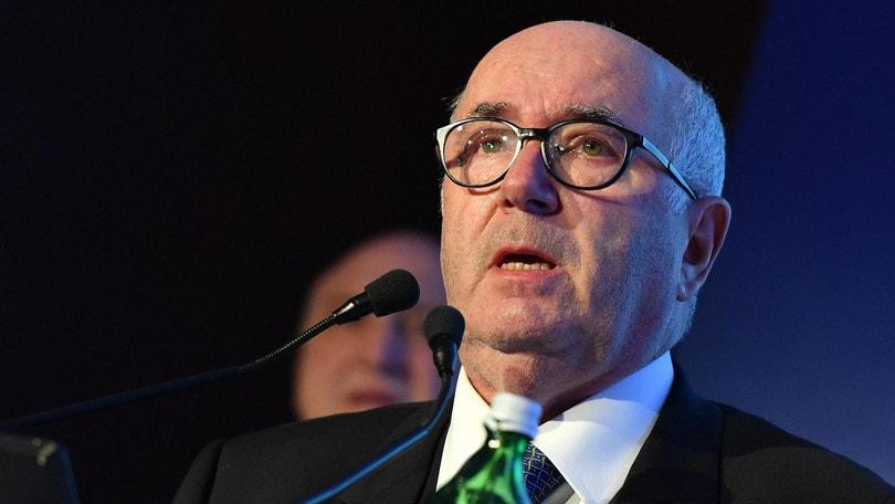 Calciomercato Tavecchio: «Donnarumma? Certe cifre offendono il Paese»
