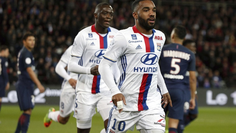 Calciomercato: in quota Arsenal a un passo da Lacazette
