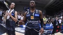 Basket Serie A, Dominique Sutton rinnova con Trento