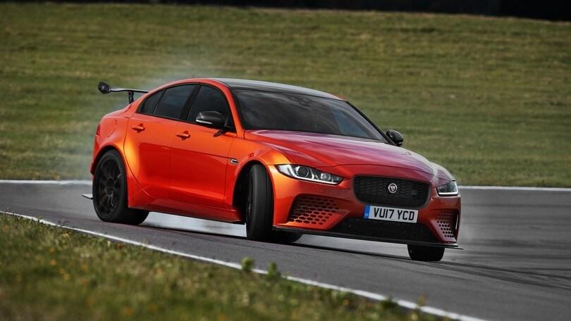 "Jaguar XE SV Project 8, dedicata ai ""petrolheads"""
