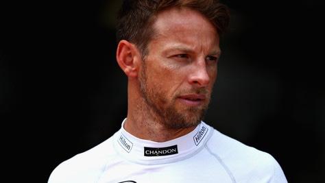 F1, Button si schiera con Vettel: «Guardiamo avanti»