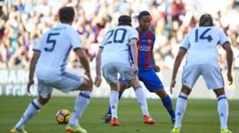 Barcellona-Manchester United Legends, Ronaldinho fa ancora impazzire le difese