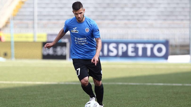 Calciomercato Novara, Calderoni dal Chievo a titolo definitivo