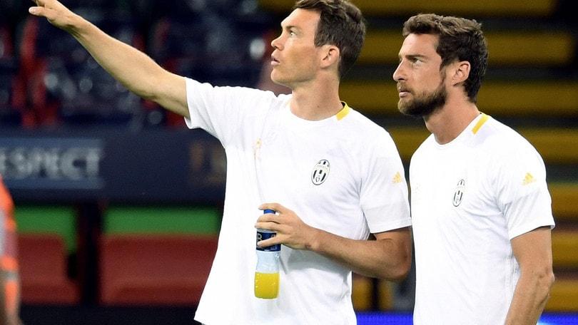 Calciomercato Juventus: Bernardeschi, Darmian, Danilo, Douglas Costa. Le ultimissime