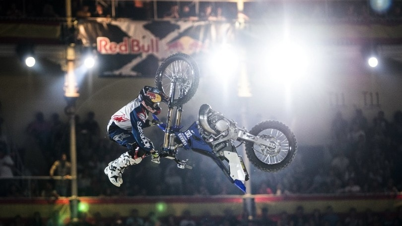 Red Bull X-Fighters, lo show che incanta Madrid