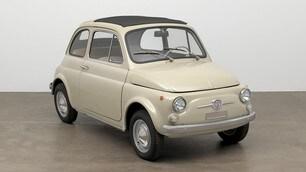 La Fiat 500 debutta al MoMA di New York