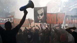 Milan, bagno di folla: tifosi entusiasti a Milanello