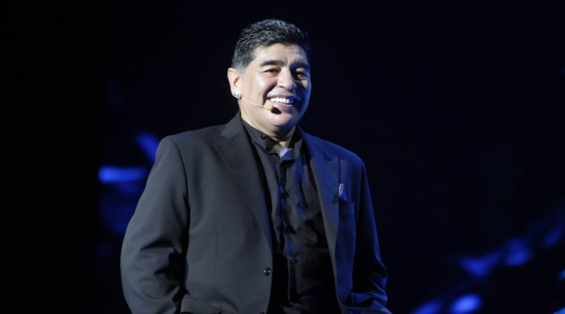 Napoli, in diecimila al Maradona-day: «Nessuno mi ama come i napoletani»