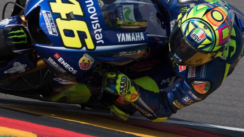 MotoGp, Ricciardo: «Rossi incredibile, è il mio idolo»