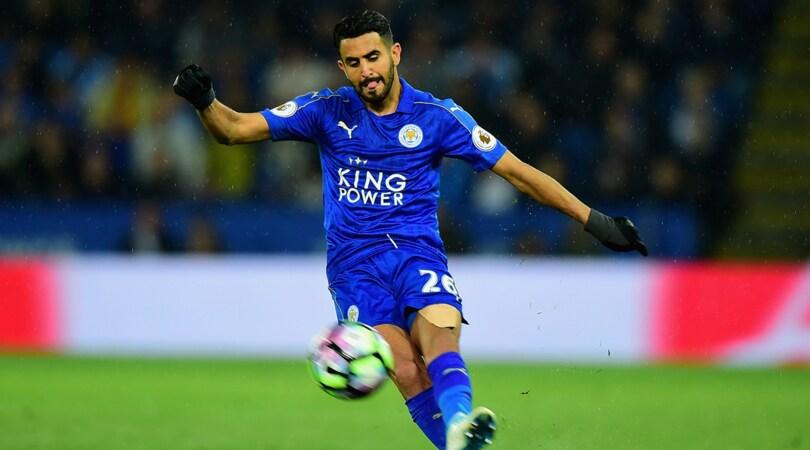 Roma, accordo con Mahrez. Ma il Leicester vuole almeno 35 milioni