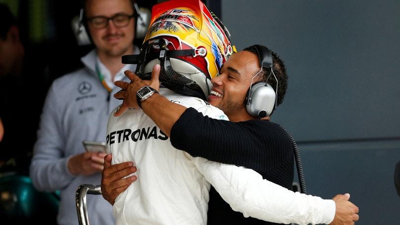 F1 Mercedes, Hamilton: «Weekend fantastico per il team»