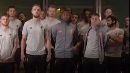Lucas Leiva alla Lazio, il saluto dei giocatori del Liverpool