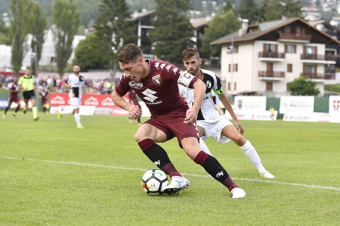 Calciomercato, il Torino riparte con Belotti: per il Gallo stretta di mano con Cairo