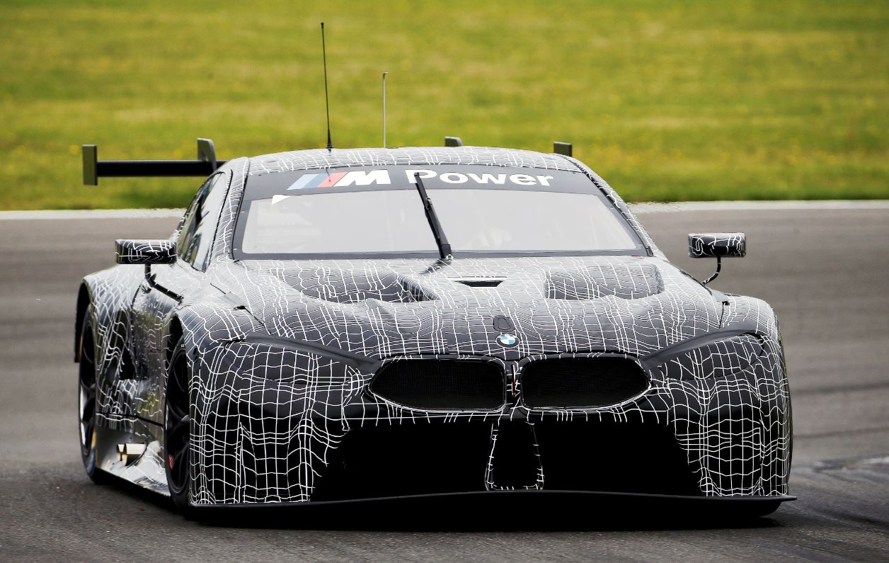 BMW M8 GTE, sfida a Ferrari e Porsche