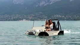 Mini Moke Anfibia by Lazareth, guidando sul lago