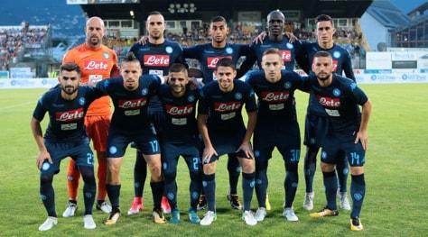 Napoli, contro il Chievo in campo con la terza maglia