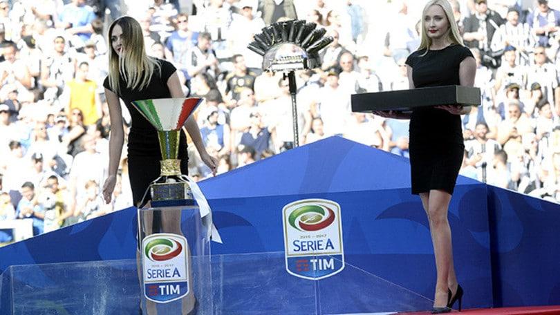 Calendario Serie A Su Sky.Calendario Serie A 2017 18 Tutta La Cerimonia Su Sky Sport