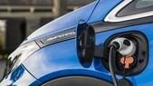 Dal Senato risoluzione per abolire auto a combustione nel 2040